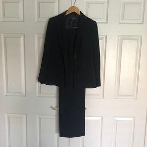 Black 2 Piece Pant Suit NWT